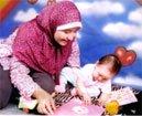 Haya Aliya Zaki, Apoteker